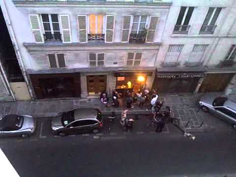 France, Paris - Party in the Street.3GP