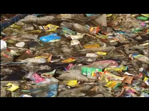 Machine Transforms Household Trash Into Fuel