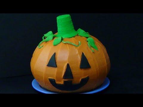 jack-o-lantern pumpkin cake