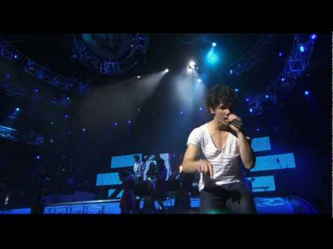 Burnin Up - Jonas Brothers (3d Concert)