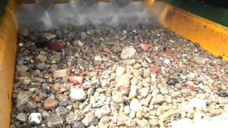 Washed recycled aggregates from construction and demolition waste