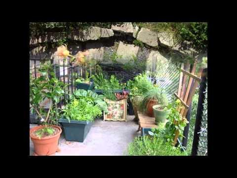 Beautiful Balcony garden design decorations