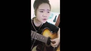 EM GÁI MƯA - Hai Thế Giới  - Hương Tràm ft Mr Siro - Cover Guitar