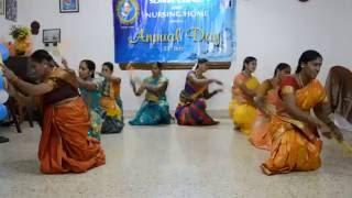 Video Kolata Dance Kolu Kunidaave Kolu Kinidaave download MP3, 3GP, MP4, WEBM, AVI, FLV September 2018