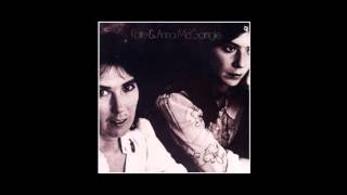 Kate & Anna McGarrigle - Heart Like A Wheel - 1975