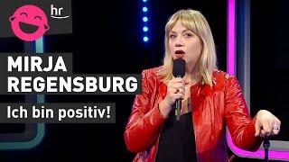 """Mirja Regensburg – Unten """"Free Willy"""" und oben schön frisiert"""