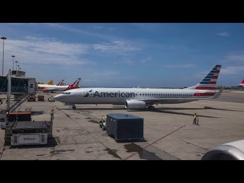 American Airlines cuts first quarter revenue guidance