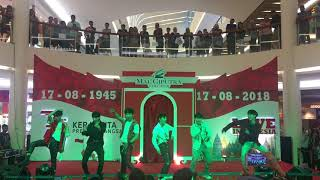iTOP - Love Scenario (Dangdut Remix) + Killing Me @Mall Ciputra Cibubur