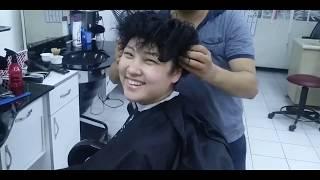 Kırgız Kızın Saç Kesimi