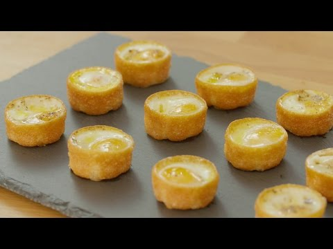 Xanthe Clay's baked quail's egg canapes - Xanthe Clay's party canapes - 동영상