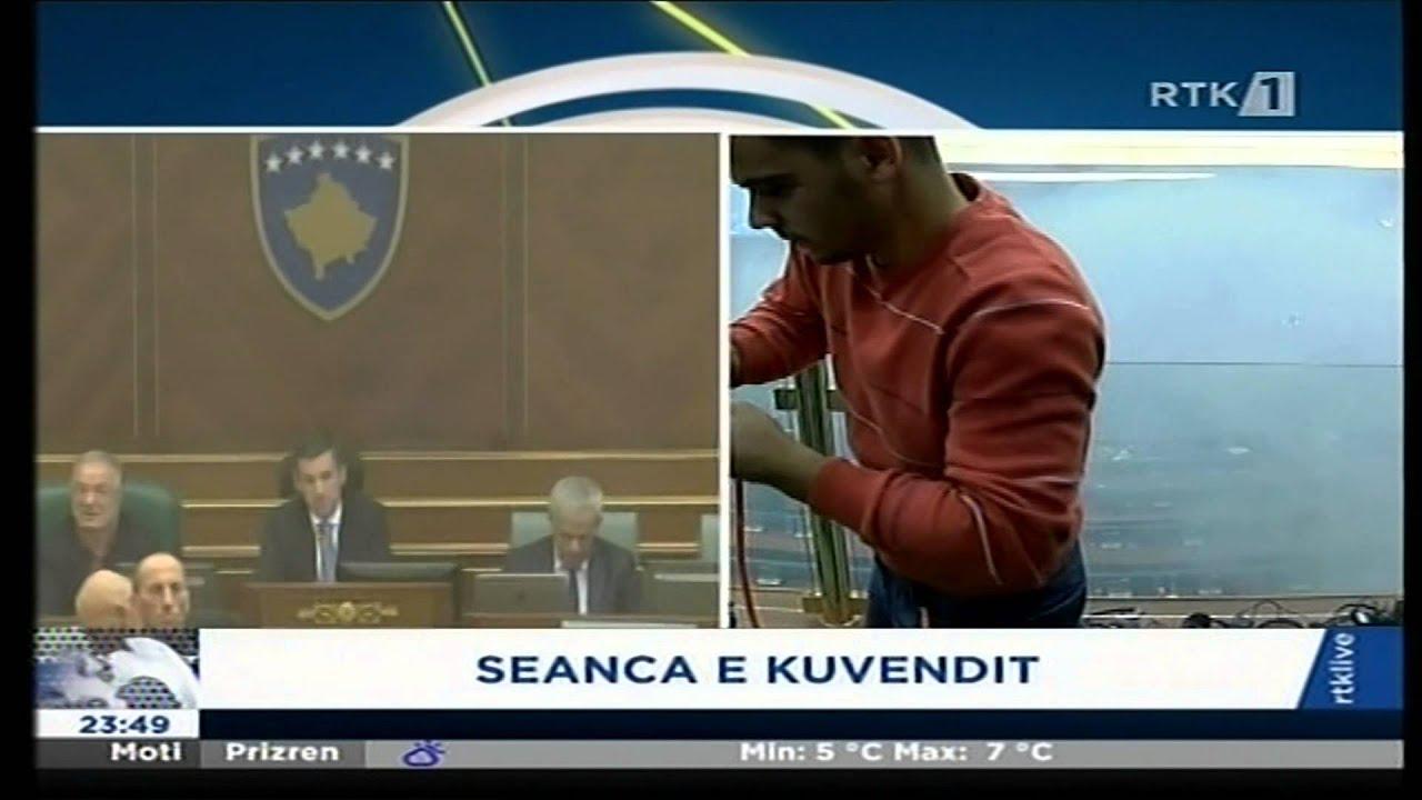 Fjalori, gazi dhe hedhja e shisheve në Kuvend - 23.10.2015 - Klan Kosova
