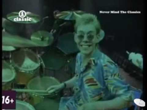 Level 42 - Lessons in Love (Live At Wembley)