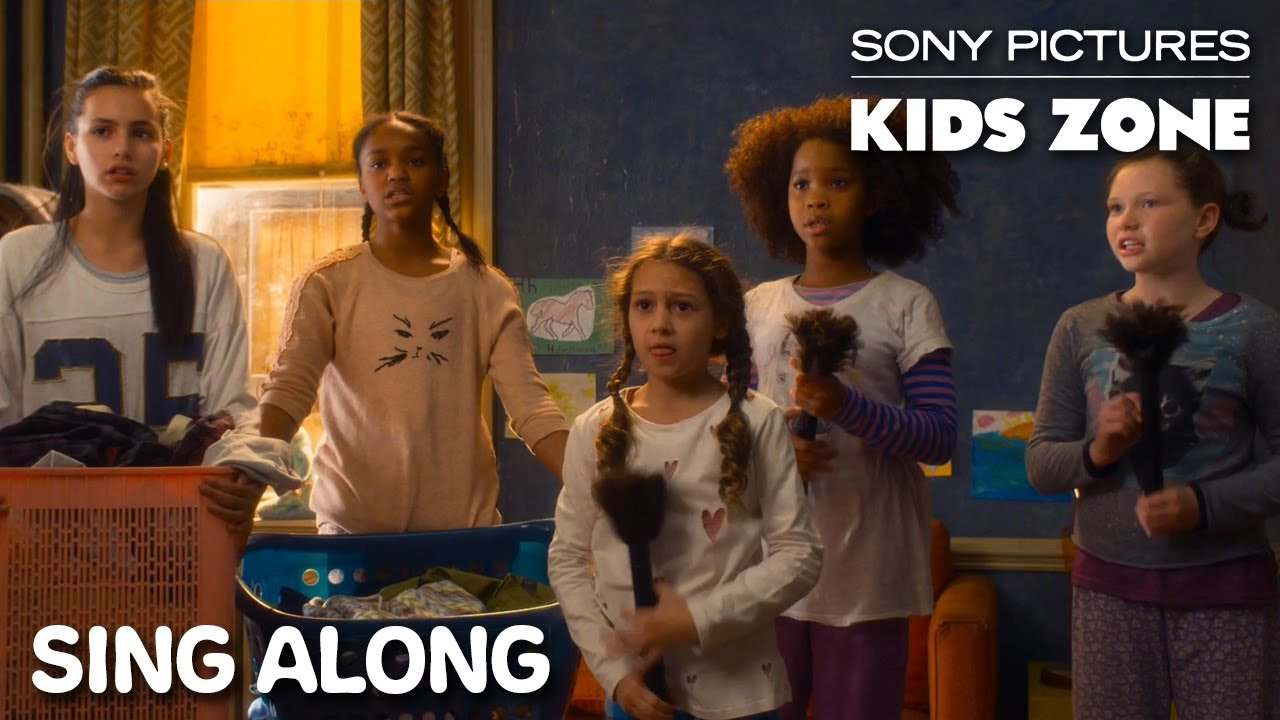 """Download Annie (2014) - """"It's The Hard Knock Life"""" Sing Along 