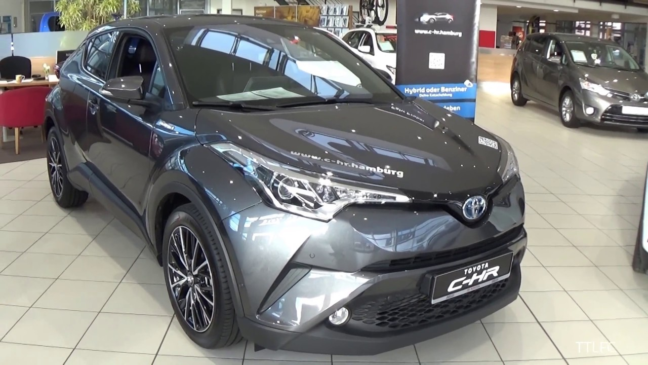 toyota chr lounge with Watch on Nuova Toyota Chr Ibrida furthermore Facelifted 2015 Toyota Rav4 Revealed New York furthermore Auto Ibride Le Piu Vendute Nel 2017 In Italia together with Toyota C Hr moreover Toyota Cars At Auto Expo 2016.