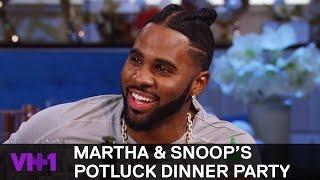 Snoop Dogg Shares Hood Christmas Traditions | Martha & Snoop's Potluck Dinner Party