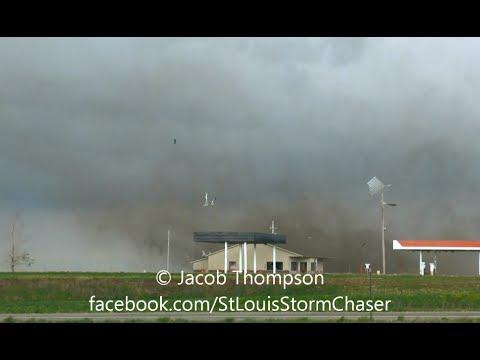 4/27/14 Fort Scott/Prescott KS Damaging Tornado - Close Range/Debris - First Formation