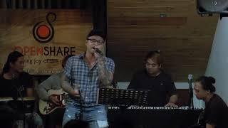 Tình yêu lạ kì - Quang Anh [16/09/2017]