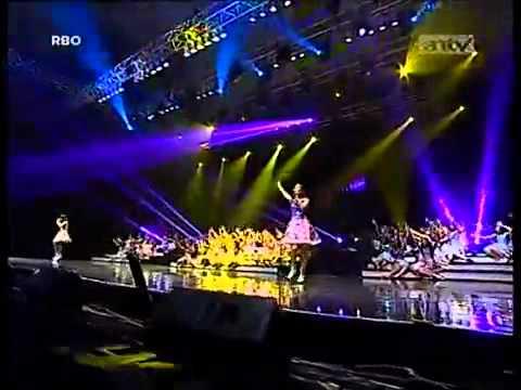 Melody feat Nabilah JKT48 - Kimi to boku no kankei