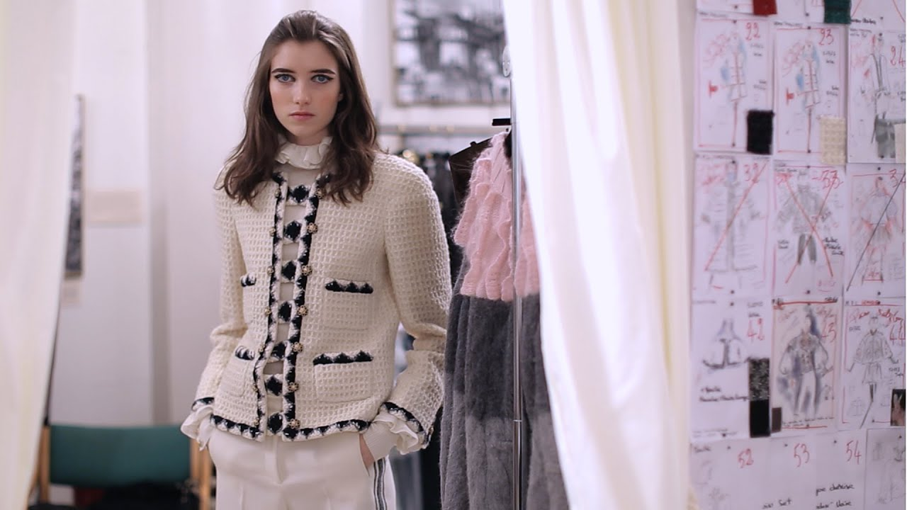 Behind the Scenes Film - Métiers d'Art 2014/15 Paris-Salzburg CHANEL Show