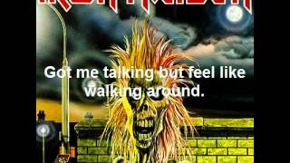 Gambar cover Iron Maiden - Prowler + Lyrics
