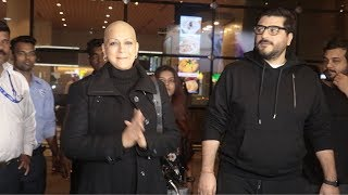Sonali Bendre Gets EMOTIONAL & CRIES @Airport As She Returns After Fighting CANCER