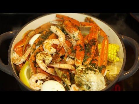 Crab Boil for Dinner! We're Live