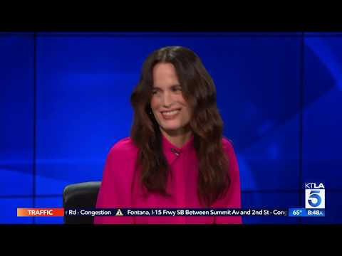 """Elizabeth Reaser on the Sleepless Nights From Acting in """"The Haunting of Hill House"""""""