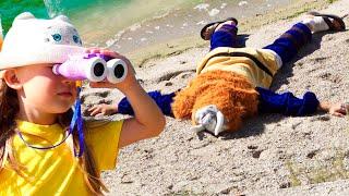 Настя и история  - на пляже