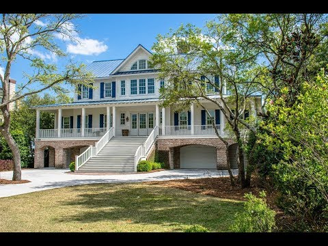 Charming Waterfront Residence in Georgetown, South Carolina | Sotheby's International Realty