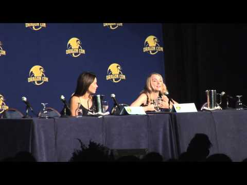 Harry Potter Panel Dragoncon August 29, 2014 Evanna Lynch and Scarlett Byrne