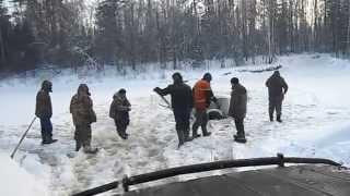 большая кокшага 6.01.2015 утопили УАЗик