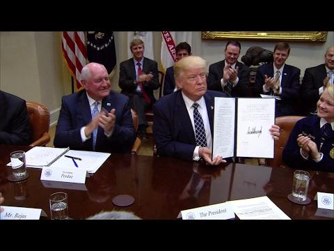 Donald Trump déclare une guerre commerciale au Canada