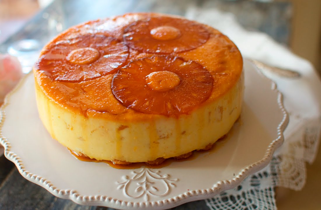 Tarta de pina sin horno con nata y gelatina