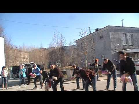 Видео, Флешмоб у Нижневартовского роддома