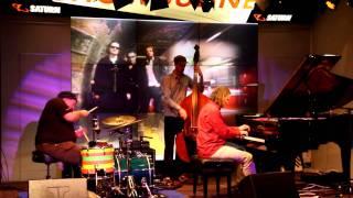 Trio Elf am 26.11.2011 auf der Showbühne