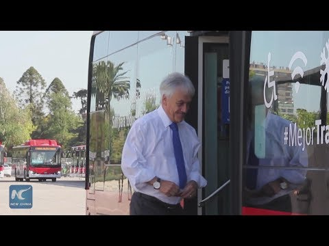 First 100 Chinese electric buses presented in Chile
