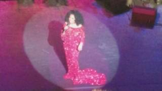 Diana Ross - Ease On Down The Road (Live @ New York City Center, April 28, 2017)