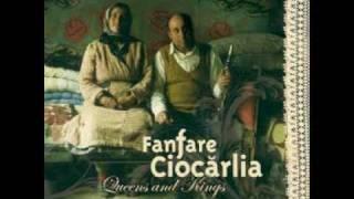 Fanfare Ciocarlia - ¡¡Qué Dolor!! ♪ Gypsy Queens & Kings [Feat. Kaloome]