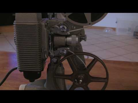 Loading and Rewinding an 8mm Projector (Revere 85)