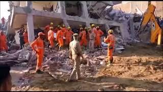 Greater Noida Shahberi Building Collapse Rescue operation- 60 घंटे बाद भी बचाव कार्य जारी