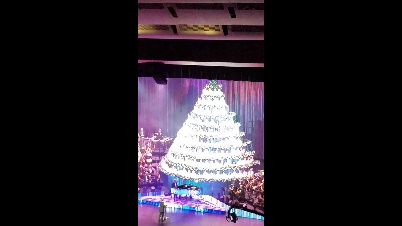 2015 Singing Christmas Tree Edmonton
