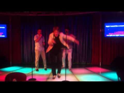 Karaoke Onboard Independence Of The Seas