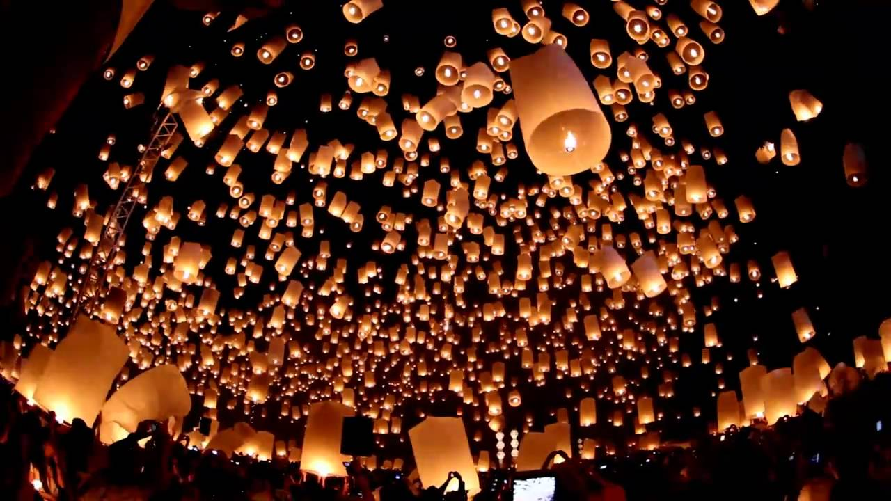 Floating Lanterns Festival - Yi Peng / Loy Krathong ...