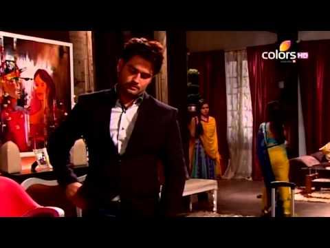 RK & Madhubala Scene - RK goes crazy on the sets of