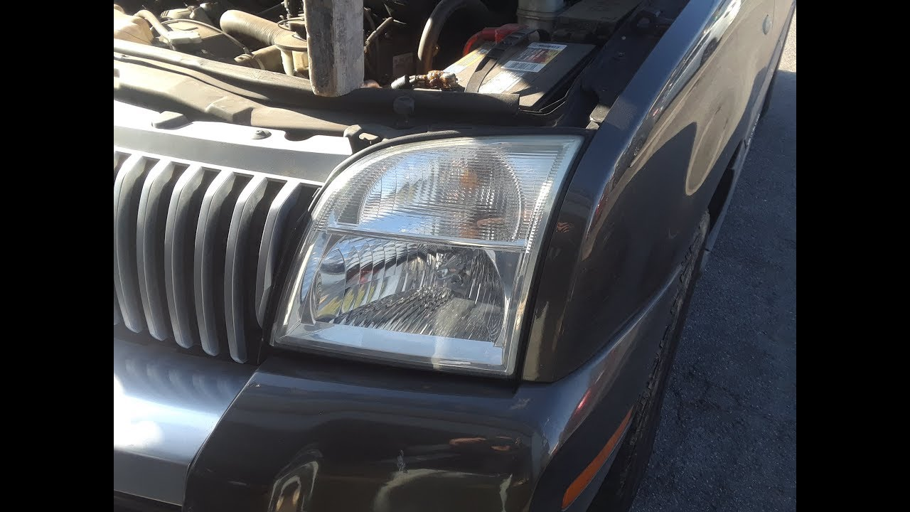Mercury Mountaineer Ford Exporer Head Light Bulb Replacement