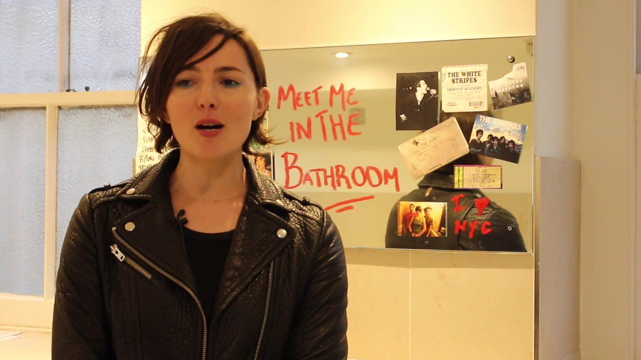 Faber social meets lizzy goodman in the bathroom youtube for Lizzy goodman meet me in the bathroom