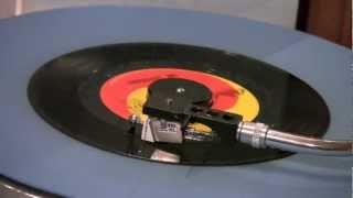 The Outsiders - Time Won't Let Me - 45 RPM Original Mono Mix