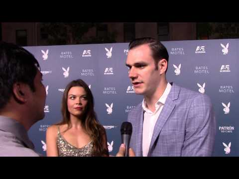 SDCC 2014: Carpet Interview with Cooper Hefner