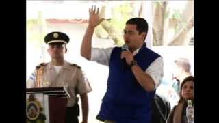 Juan Orlando Hernandez compara DISNEY con parques de HONDURAS
