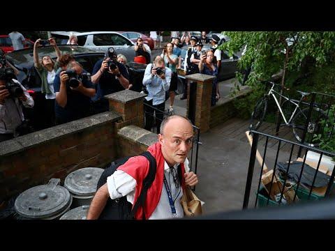 Protesters Jeer Dominic Cummings As He Returns Home